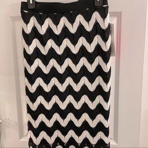 NWT Sunny Leigh geometric knit skirt XL